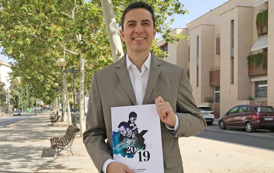 José Fernando López Navarro, con la Memoria de Gesad de 2019